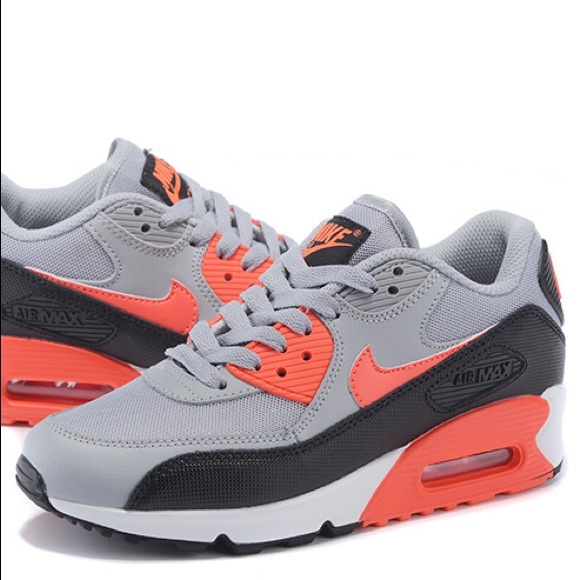 Nike Air Max 90 Essential Wolf Grey & Infrared